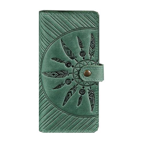 Кожаное портмоне с узором ручной работы зеленого цвета