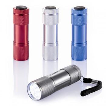 Светодиодный фонарик Эверест class=